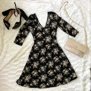 Forever 21 Floral A-line Dress with Cut Out